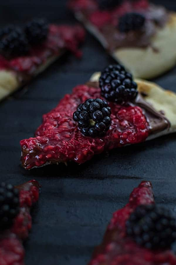 naan berry pizza
