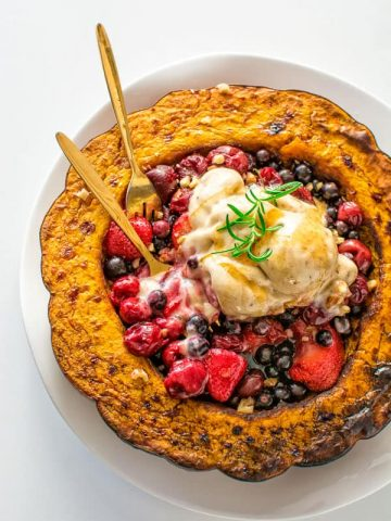 Sweet pumpkin served with warm berries and homemade banana ice cream. No sugar added! ❤ COOKTORIA.COM