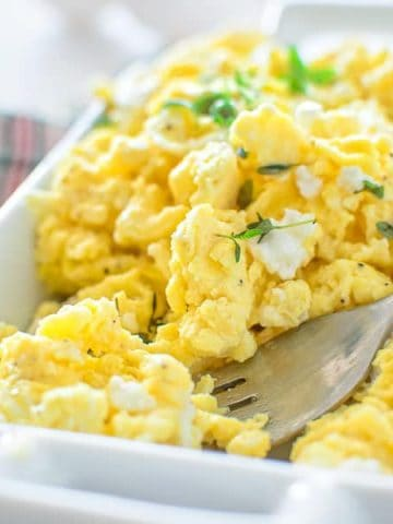 These Perfect Scrambled Eggs make the best breakfast. So flavorful and fluffy, they come out right every time. This recipe calls for just 2 main ingredients and takes 10 minutes from start to finish! ❤ COOKTORIA.COM