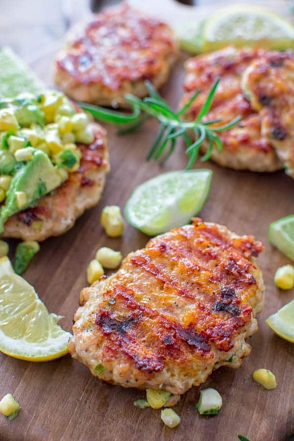 Very easy to make, yet so tender and tasty, these Chicken Burgers with Avocado Salsa are going to be loved by everyone! ❤ COOKTORIA.COM