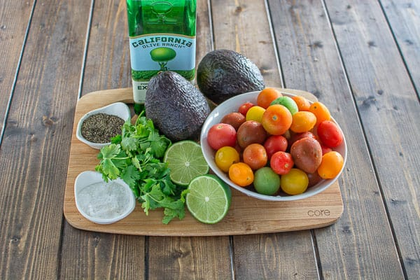Healthy and so flavorful, this Tomato Avocado Salad makes a great addition to your dinner or lunch. This is one of the most loved recipes in my family! ❤ COOKTORIA.COM