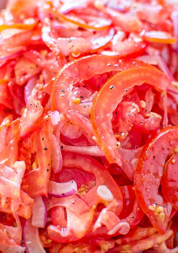 Absolutely scrumptious and so simple to make this Perfect Tomato Salad makes a great side dish to almost any meal. ❤ COOKTORIA.COM