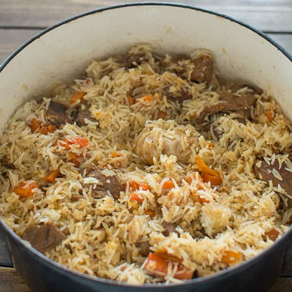 This is a classic recipe of loved-by-everyone Uzbek Plov, also called Pilaf. My simple photo instruction will help you cook it to perfection. ❤ COOKTORIA.COM
