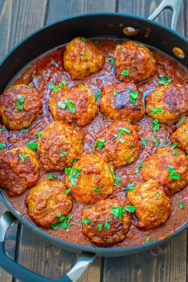 You are going to love theseEasy Sausage Meatballs! Made with just a few simple ingredients, these meatballs are soft, flavorful, and yummy! ❤ COOKTORIA.COM