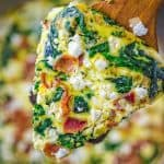 This Spinach Feta Egg Bake is truly an ultimate breakfast! Filled with lots of colors and so much flavor, it'll become your favorite in no time. ❤ COOKTORIA.COM