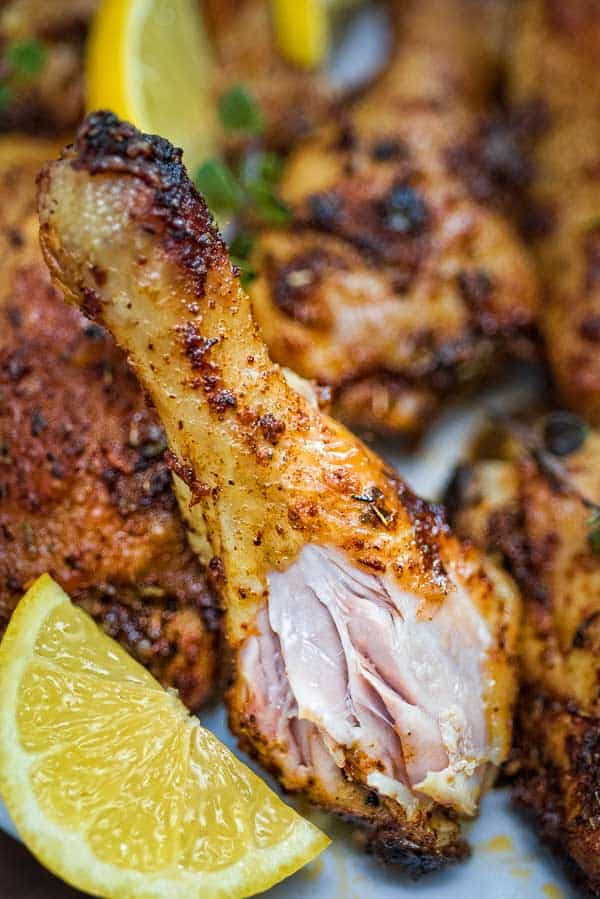 With an incredibly delicious spice blend ofpaprika, garlic, and Italian herbs, this Paprika Chicken Legs recipe is versatile and will pair well with almost any side dish. ❤ COOKTORIA.COM