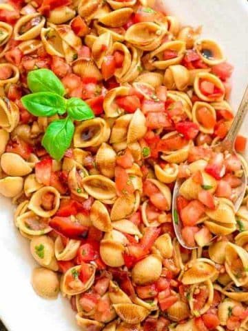 Loaded with fresh tomatoes, basil, and delicious Chickapea pasta, thisBruschetta Pasta Salad makes a refreshing side dish or a filling summer lunch.