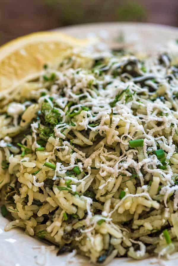 This simple, delicious, and authentic Spanakorizo (Greek Spinach Rice) makes a filling vegetarian meal or a side dish. Fresh dill, chives, and lemon juice give it an extraordinary flavor and aroma. ❤ COOKTORIA.COM