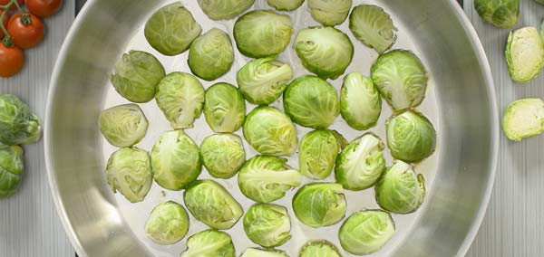frying brussel sprouts in olive oil