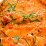 This Chicken Breast in Roasted Pepper Sauce is one of the tastiest chicken recipes. EVER. It is ready in 30 minutes! FOLLOW Cooktoria for more deliciousness! #chicken #dinner #lunch #keto #ketosis #ketorecipe #lowcarb #easydinner #recipeoftheday