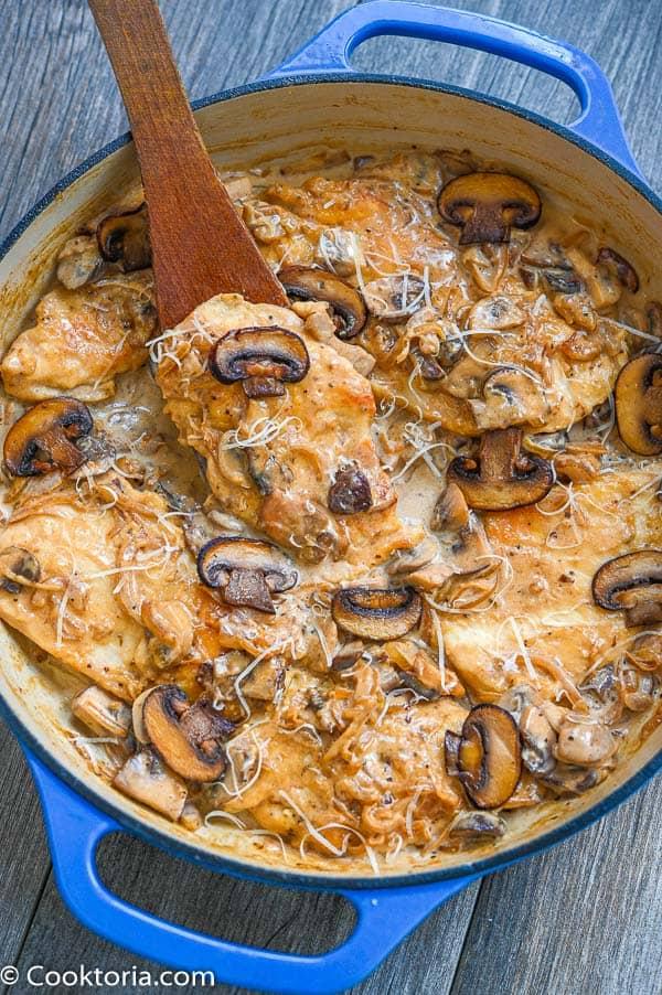 Creamy Mushroom Chicken in a skillet