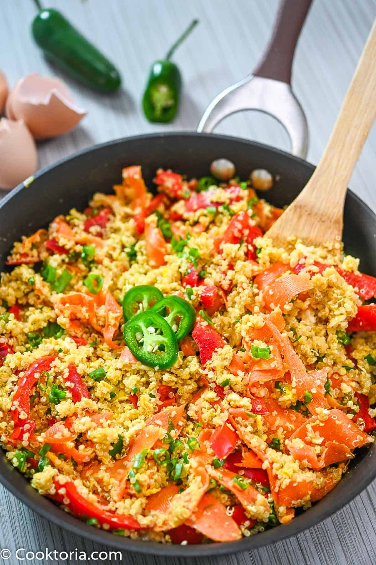 Quinoa with Eggs in a large skillet